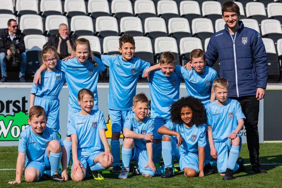⚽ Heracles Almelo komt in de zomervakantie met een Heracles Soccer Camp naar Juventa'12! ⚽