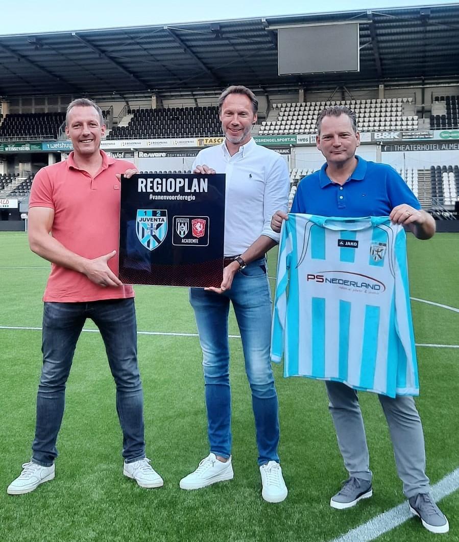Samenwerking Juventa'12 met de FC Twente/ Heracles Academie